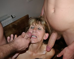 Free Moms Threesome Porn Pictures