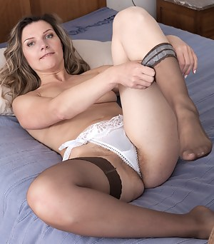 Free Moms Panties Porn Pictures